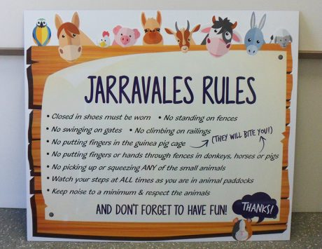 Jarravale Farm Sign